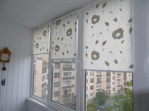 Установка рулонных штор на пластиковые окна в Иваново